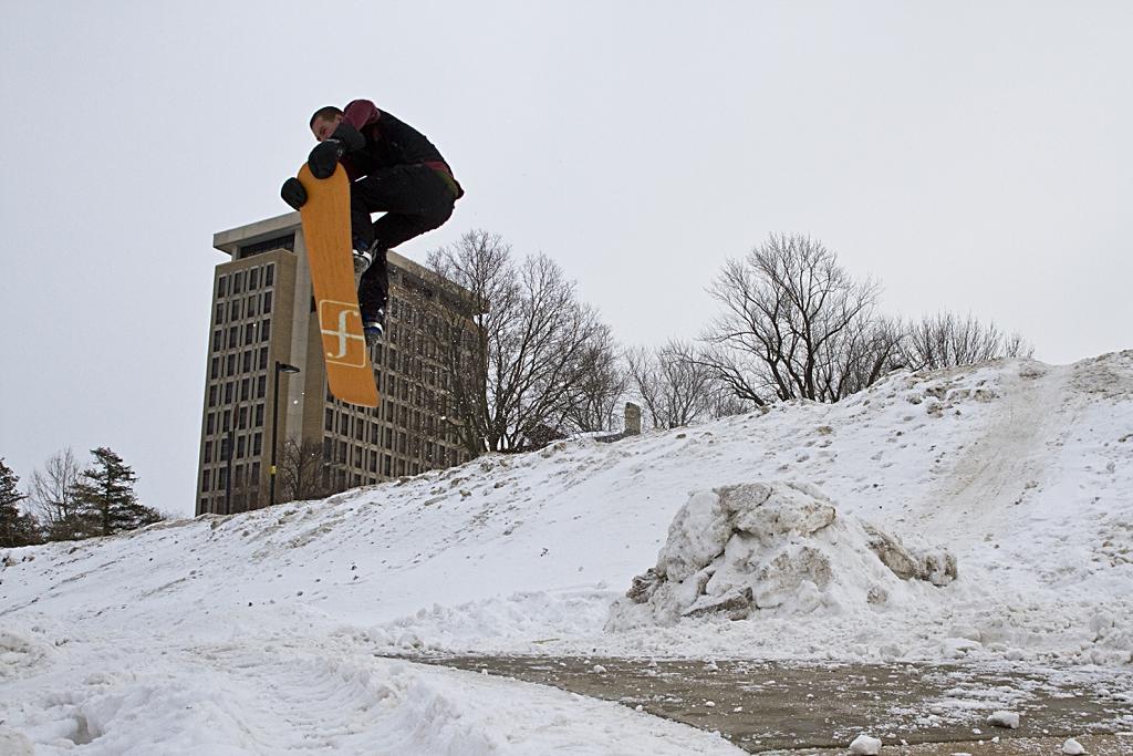 Shredding the Urban Snow Blanket - Erik Eichstadt Multimedia Shredding Snow